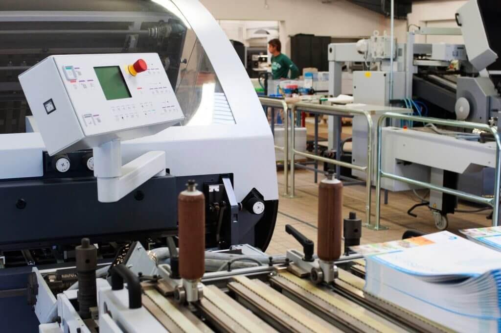 Ecran de contrôle d'une machine pour la finition en imprimerie
