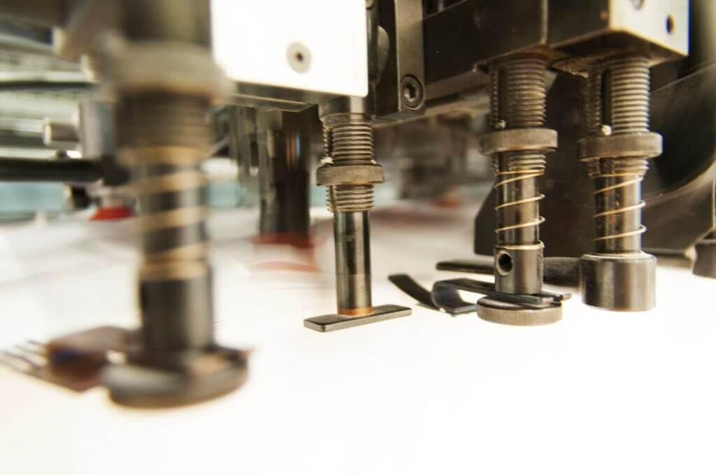 Papier sur une presse d'imprimerie